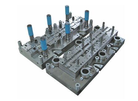 主要有集成电路框架,晶体管框架,分立器件框架等级进模,模具在高速